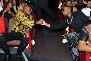 floyd-mayweather-and-bob-bet-hip-hop-awards-2013-audience-and-show-1